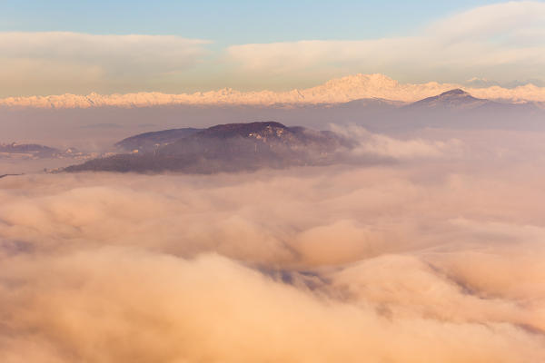 Spina Verde and Rosa mount rise up from a sea of clouds, Como province, Lombardy, Italy, Europe